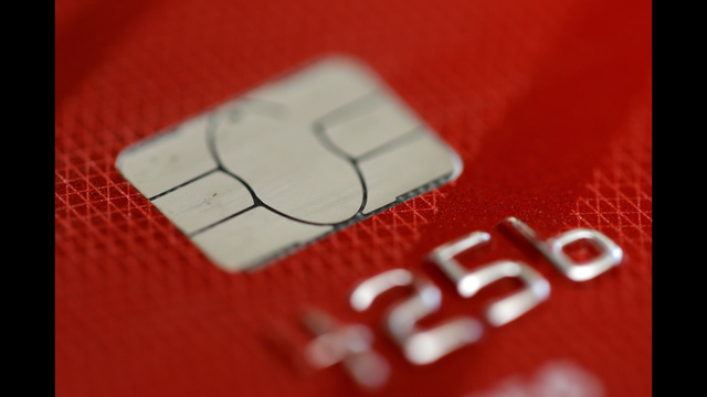 Identity Theft Still An Issue With Chip-Card Readers